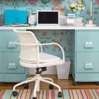 Post image for How to Make Your Closet Into A Home Office Retreat